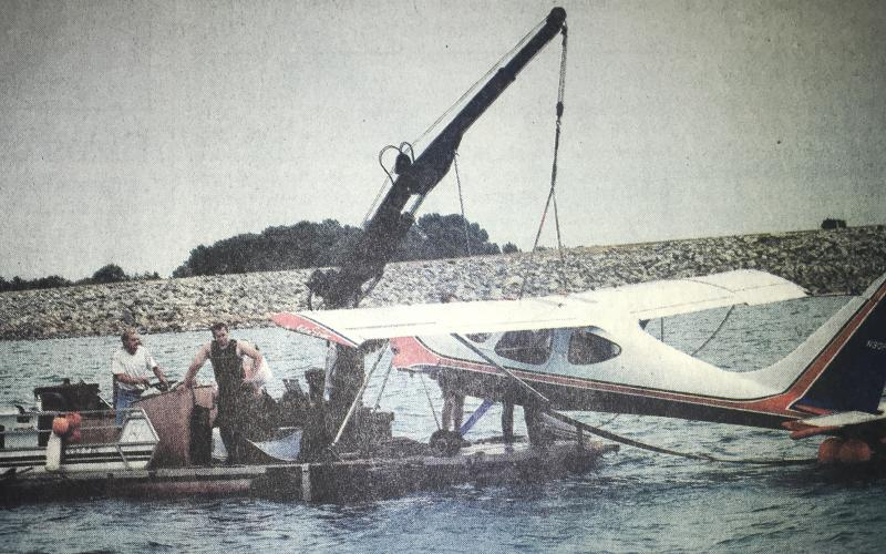 Christopher Hayne landed a plane in Lake Hartwell in 2005, as pictured here in The Sun.